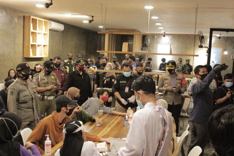 Cafe dan Resto di Kota Malang Masih Menjadi Kawasan Penyebaran Covid 19