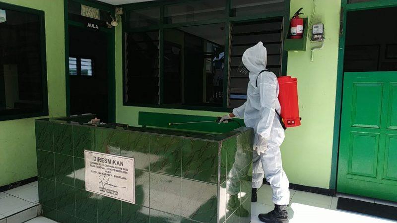 Personil Kodim 0833 Kota Malang kembali Semprot Desinfektan
