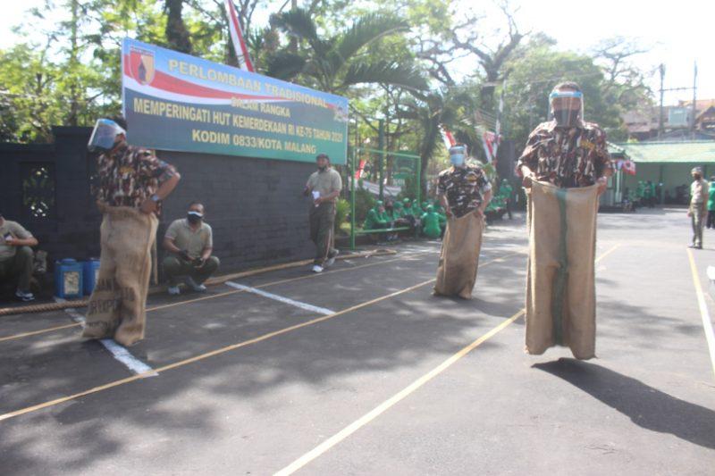Sambut HUT RI Ke-75 Kodim 0833 Kota Malang Gelar Lomba Tradisional