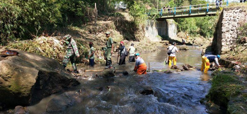 Kodim 0833 Kota Malang Gelar Karya Bakti Penghijauan