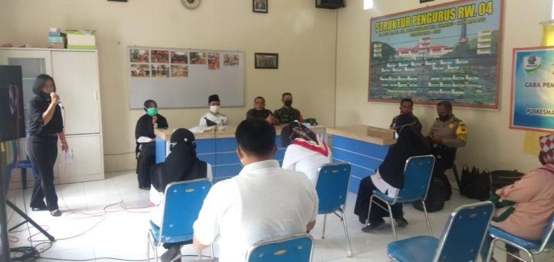 Babinsa Kodim 0833 Kota Malang Sosialisasi Pembuatan Cairan Disinfektan