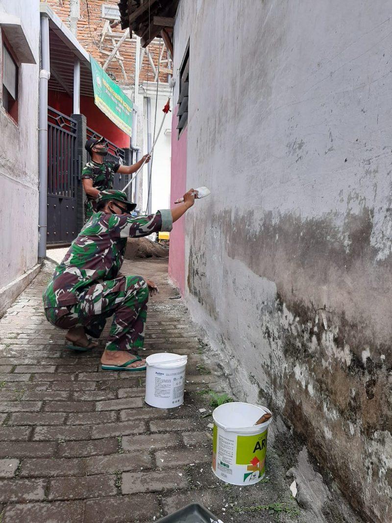 Koramil 0833/03 Blimbing Kota Malang Laksanakan Kegiatan Karya Bakti TNI