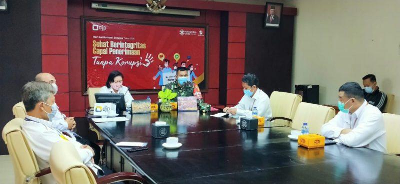 Dandim 0833 Kota Malang Sampaikan Wasbang Kepada Pegawai Kantor Wilayah Direktorat Jenderal Pajak Jawa Timur III
