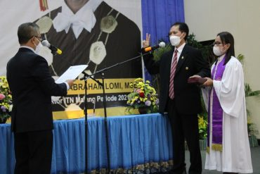 Abraham Lomi Optimis capai Target Usai dilantik sebagai Rektor ITN Malang