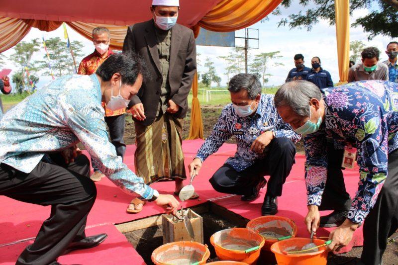 ITN Malang Perguruan Tinggi Pertama di Jawa Membangun Mega Proyek PLTS